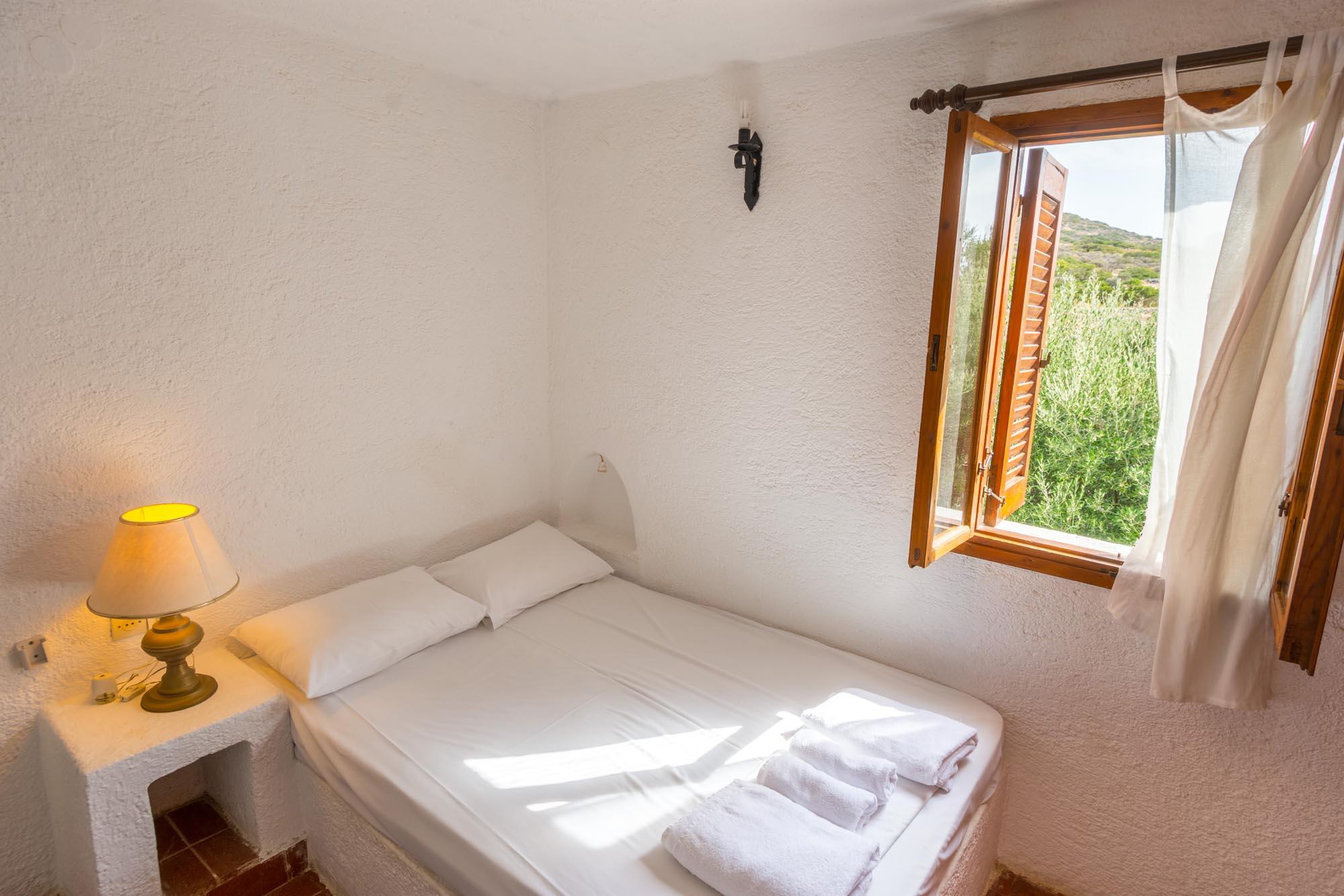 V7 bedroom