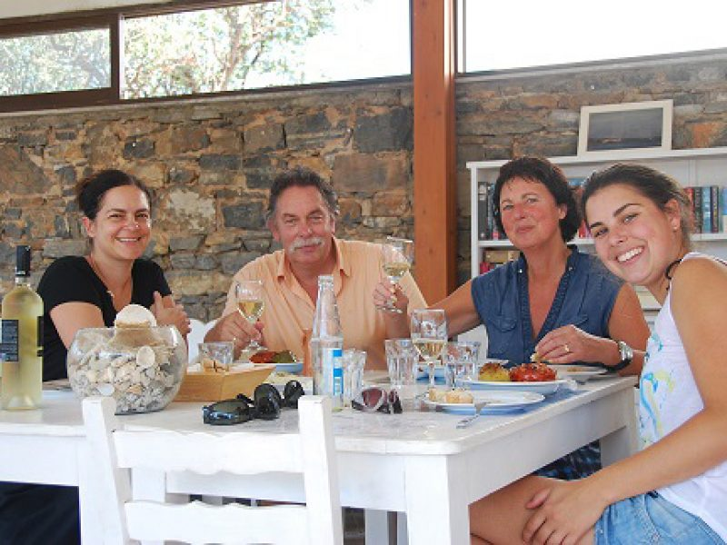 Merel, Jeanny, Ruud and Lida at lunch time at The Art Cafe of Elounda Island